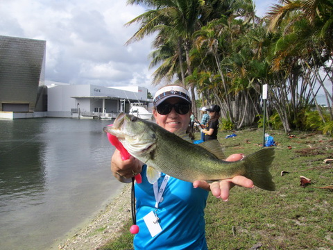 Amy Carrasquillo parkland fl largemouth bass_resize
