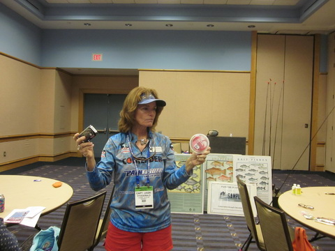 Leiza-Fitzgerald-with-Seaguar-at-LLGF-Tampa_resize