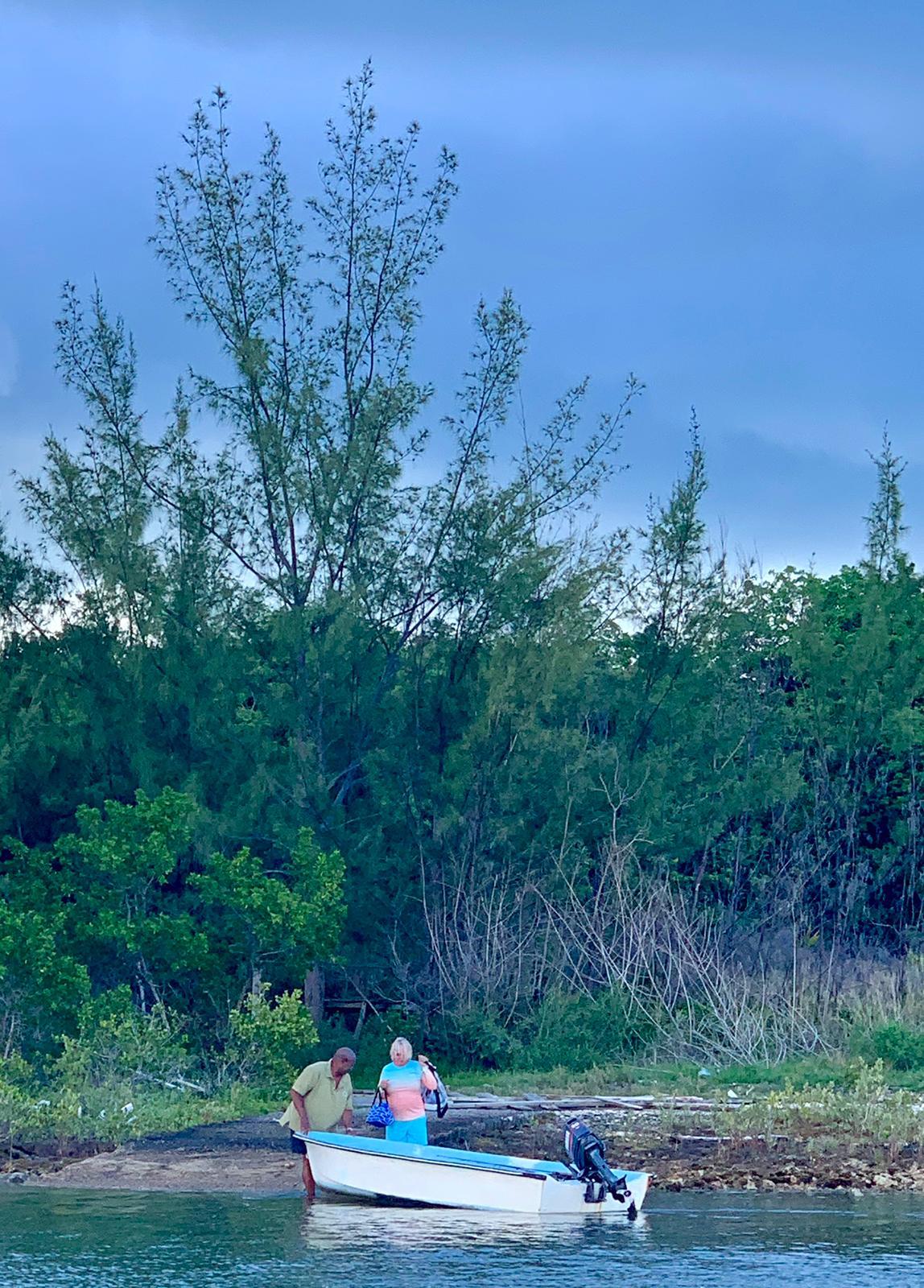 Going-bonefishing-Treasure-Cay