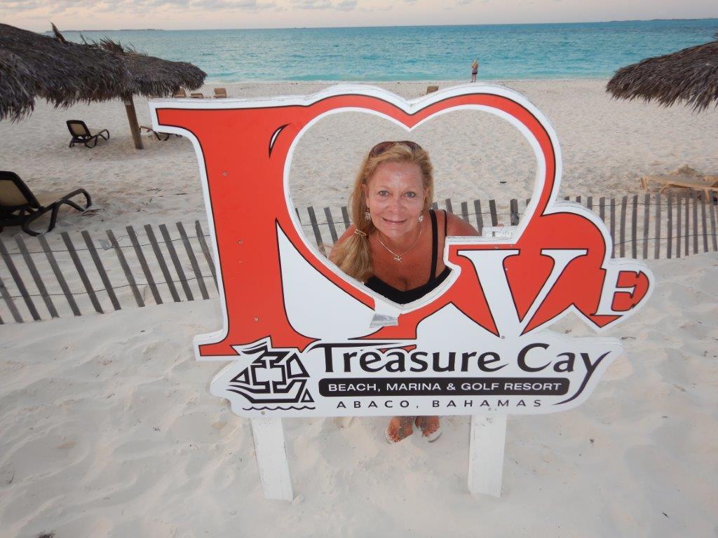 Lurue-loves-Treasure-Cay