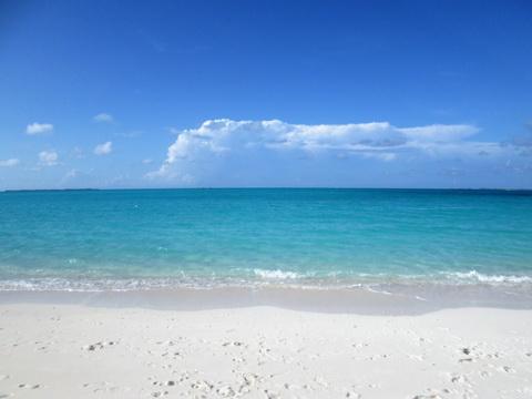 Treasure-Cay-Beach_resize