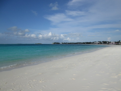 Treasure-cay-beach-2_resize